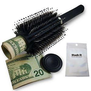 Cómo guardar el dinero durante un viaje cepillo